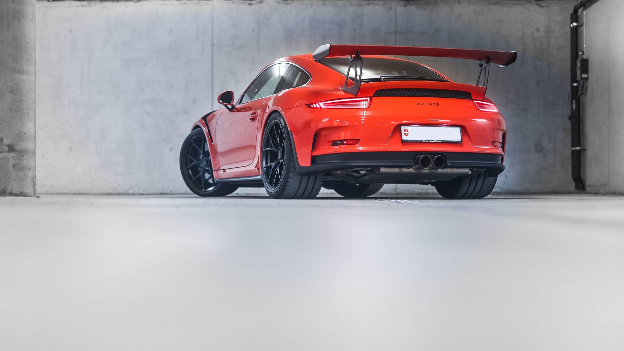 Porsche gt3 rs rot ansicht von hinten